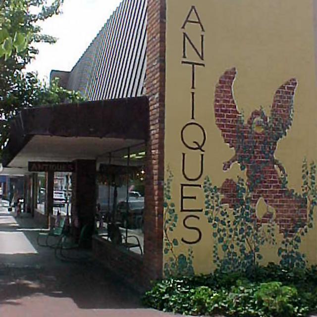 Grants ass, Oregon ~ Highest per-capita concentration of Antique Dealers in the entire GALAXY!